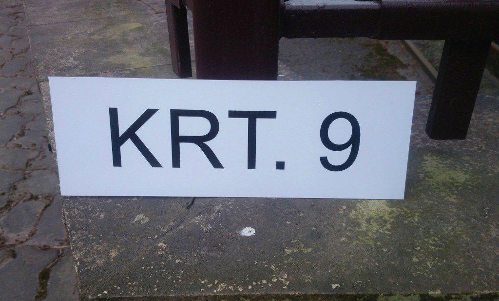 korteri numbritega parkimise koha silt