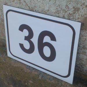 Hoonete majanumbrid tänavasildid