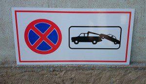 Parkimine keelatud silt - teisaldamise sümboliga, 80 x 40 cm , alumiiniumkattega plaadil